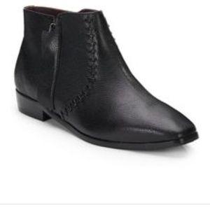 Nicole Miller Artelier Black ankle boots 7